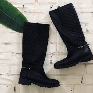 Geox black quilted zipper boots size 39